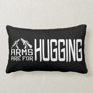 Los brazos están para abrazar la almohada de tiro cojín lumbar