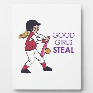 Los buenos chicas roban placas con fotos