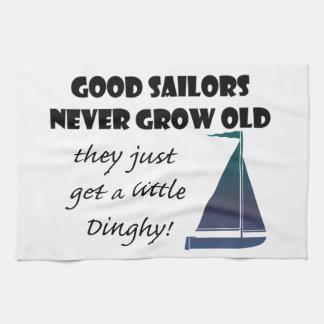 Los buenos marineros nunca crecen viejos, el decir toalla de cocina