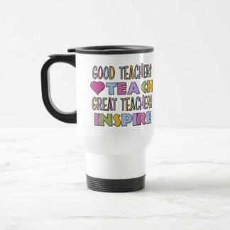 Los buenos profesores enseñan tazas de café
