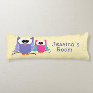 Los búhos lindos personalizaron la almohada del cojin cama