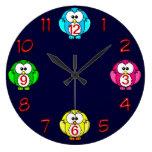 los búhos lindos registran azul de neón, rosado, relojes de pared