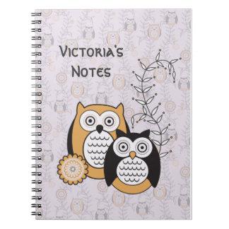 Los búhos modernos personalizaron el cuaderno
