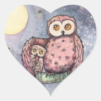 Los búhos y los pegatinas de la luna pegatina en forma de corazón