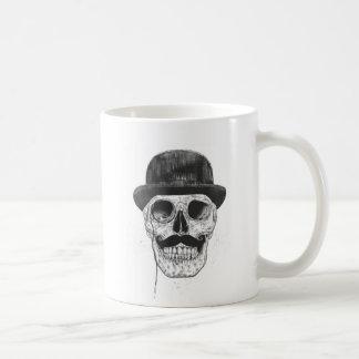 Los caballeros nunca mueren taza básica blanca