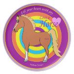 Los caballos llenan su corazón de la placa de la a platos para fiestas