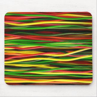 Los cables del arco iris - caliéntese alfombrilla de ratones