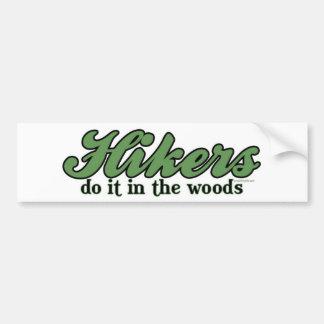 Los caminantes lo hacen en las maderas pegatina de parachoque