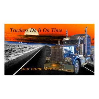 Los camioneros lo hacen el tiempo hacen una tarjet plantilla de tarjeta de negocio