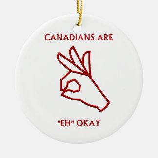 """Los """"canadienses son """"eh ornamento"""" aceptable"""" ornato"""