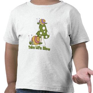 Los caracoles toman a vida las camisetas y los