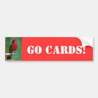 ¡Los cardenales septentrionales van las tarjetas! Pegatina Para Auto