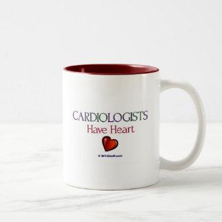 Los cardiólogos tienen corazón taza dos tonos