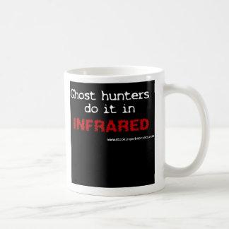 Los cazadores del fantasma lo hacen en infrarrojo tazas de café