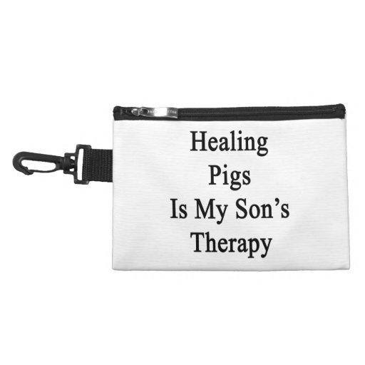 Los cerdos curativos son la terapia de mi hijo