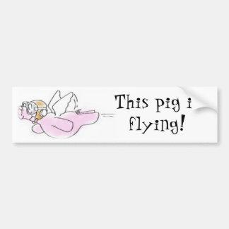 Los cerdos vuelan a la pegatina para el parachoque etiqueta de parachoque