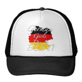 ¡Los chicas alemanes lo hacen mejor! Gorras De Camionero