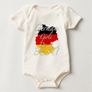 ¡Los chicas alemanes lo hacen mejor! Mamelucos