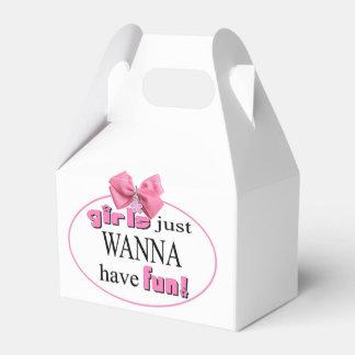 Los chicas apenas quieren divertirse cajas para regalos de boda