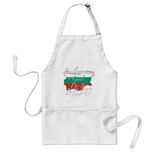 ¡Los chicas búlgaros lo hacen mejor! Delantales