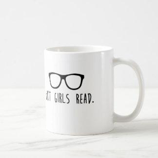 Los chicas calientes leyeron la taza