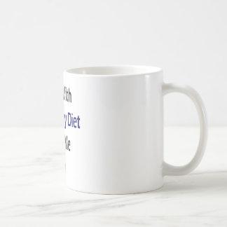Los chicas con una dieta sana me giran taza de café