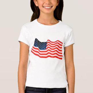 Los chicas de la bandera americana cupieron la playera