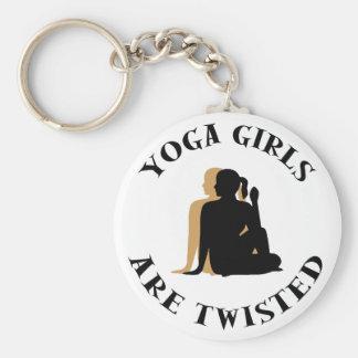 Los chicas de la yoga son regalo torcido llaveros