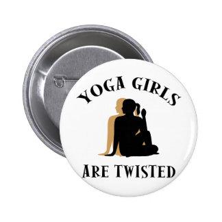 Los chicas de la yoga son regalo torcido pin redondo de 2 pulgadas