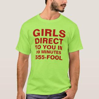 Los chicas de Las Vegas dirigen a usted la camisa
