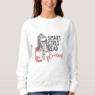 Los chicas elegantes leyeron la camiseta romántica