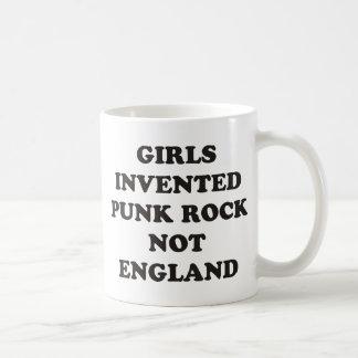 Los chicas inventaron el punk rock no Inglaterra Taza