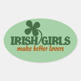 Los chicas irlandeses hacen a mejores amantes calcomania oval