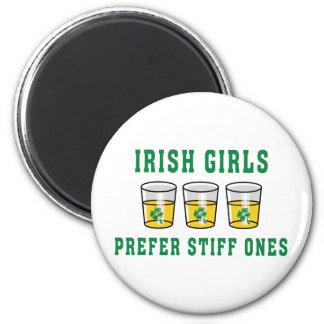 Los chicas irlandeses prefieren al Stiff unos Imán Redondo 5 Cm