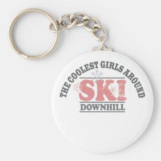 Los chicas más frescos alrededor del esquí cuesta  llaveros personalizados