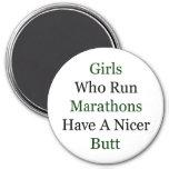 Los chicas que funcionan con maratones tienen Niza Iman
