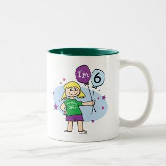 Los chicas rubios soy el 6to cumpleaños 6 taza de café de dos colores