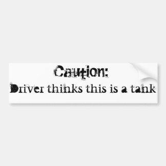 Los chillidos perjudican el tanque etiqueta de parachoque