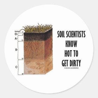 Los científicos del suelo saben conseguir sucios pegatina redonda