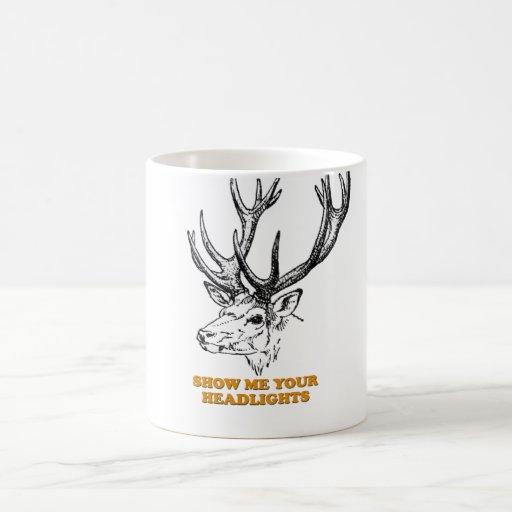 Los ciervos me muestran sus linternas taza de café