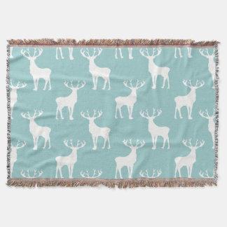 Los ciervos modelan en blanco en trullo suave manta