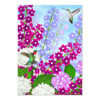 Los colibríes en jardín florecen la invitación del