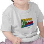 Los Comoro que agitan la bandera con nombre en Camisetas