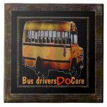 Los conductores del autobús cuidan azulejo ceramica
