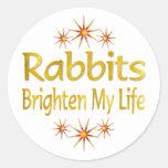 Los conejos aclaran mi vida pegatina redonda