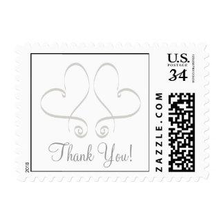 Los corazones de la postal dos le agradecen sello