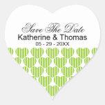 Los corazones rayados verdes ahorran a los pegatin