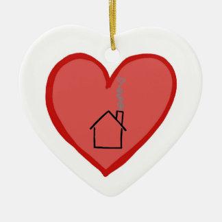 Los corazones son más fuertes que casas adornos de navidad