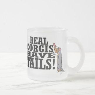 Los Corgis reales tienen colas Taza De Café