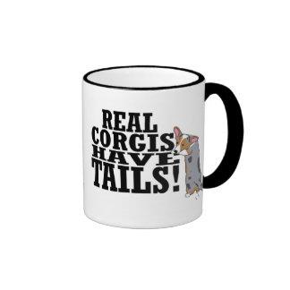 Los Corgis reales tienen taza de las colas